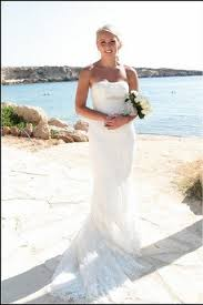 wedding dresses for abroad choosing the wedding dress for a wedding abroad