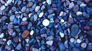 glass landscaping rocks how to use these colored stones for