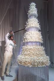 cake wedding keyshia ka oir gucci mane s cake at wedding 75 000 dessert