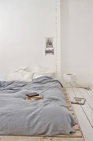 Best 25 Japanese Bed Ideas On Pinterest Japanese Bedroom by Best 25 Japanese Floor Bed Ideas On Pinterest Japanese Floor