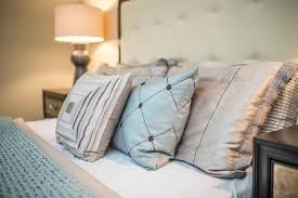 how to layer a bed how to layer pillows on a bed redesign4more inc toronto home