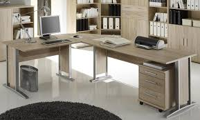 Computer Im Schreibtisch Gamer Schreibtisch Und Kabelmanagement Onlinegamezone
