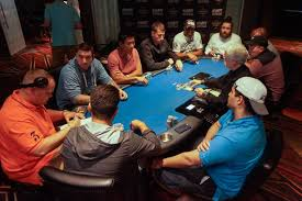 6 seat poker table event 1 the final table thomas larson leads with over 3 000 000