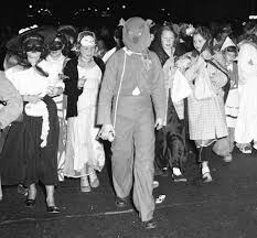 Halloween Costumes 50s 1950s Halloween Costumes Halloween 2017 Costume Ideas