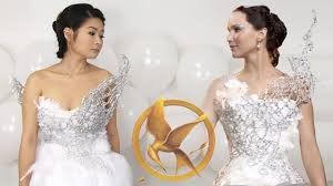 diy hunger games catching fire katniss everdeen wedding dress
