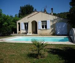 chambre d hote gorge du verdon maison provençale avec piscine à riez proche à riez