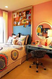 Low Platform Bed Diy by Bedroom Chic Teen Room With Diy Wall Mural Idea Also Low