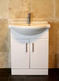 5bae52c6b94249417dc6b2ed01aee7b9 2 jpg 1600mm right hand p shaped shower bath suite with 650mm vanity unit