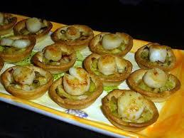 cuisiner noix st jacques recette de mini tartelettes fondue de poireaux noix de st