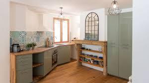 cuisine uip rustique rénovation cuisine rustique avec carreaux de ciment avant après