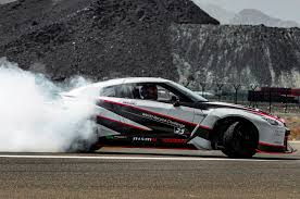 drift jeep 1 380 hp nissan gt r nismo sets world record for fastest drift
