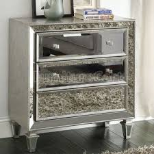 Silver Mirrored Bedroom Furniture by 29 Best Black Silver Mirrored Home Accents Images On Pinterest
