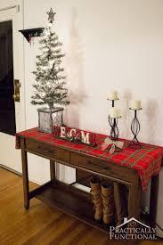 simple christmas entryway decor christmas entryway entryway