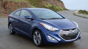 hyundai elantra 2013 vs 2014 2013 hyundai elantra coupe se review roadshow