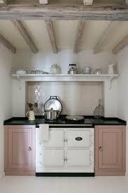 lambris pvc pour cuisine cuisine lambris pvc cuisine fonctionnalies traditionnel style