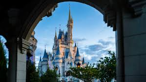 important dates to remember when booking your walt disney world