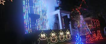 celebration fl christmas lights now entire neighborhoods are upping their christmas light fight
