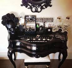Jewelry And Makeup Vanity Table Best 25 Diy Jewelry Vanity Ideas On Pinterest Diy Jewelry