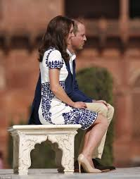 prince william and kate middleton walk in diana u0027s footsteps at the