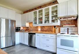 armoire de cuisine bois armoire de cuisine blanche cuisine aquipace pras table manger blanc