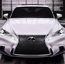 lexus is 200 t kofferraum hybrid is 300h die kleinen design sünden im teuren lexus blech welt