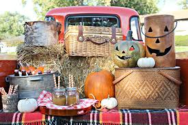 Fall Party Table Decorations - outdoor fall harvest party ideas with a classic style