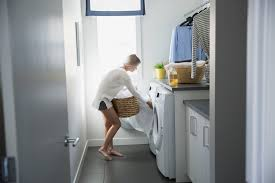 Perspiration Odor Removal From Clothes Top 10 Vinegar Uses In Laundry