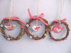 Gisela Graham Easter Decorations 2016 by Gisela Graham Chicks Fabric Egg Cosy 4 00 A Great Range Of