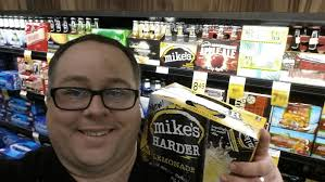 how much alcohol is in mike s hard lemonade light taking the perfect twelfie for the mike s hard lemonade tw elf re