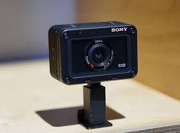 Rugged Point And Shoot Cameras The New Rugged Sony Rx0 Has A 1 Inch Sensor And 1000fps Hfr Shooting
