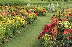 Pretty Flower Garden Ideas 47 Gorgeous Perennial Garden Ideas