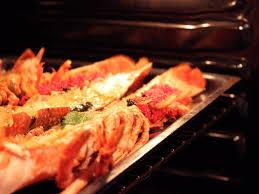 comment cuisiner un homard congelé homard breton rôti au four au beurre salé des frères jaguin la