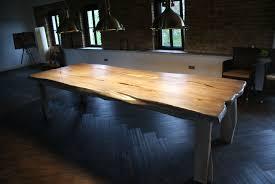 Wohnzimmertisch Ulme Massivholz Couchtisch Von Tischfabrik24 Couchtisch Beistelltisch
