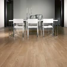 Balterio Laminate Flooring Clearance Balterio Magnitude Country Oak 582 8mm Laminate