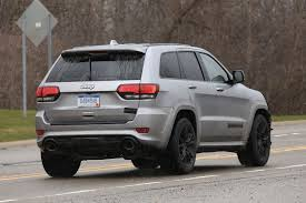 2018 jeep grand wagoneer spy photos 707hp hellcat powered jeep grand cherokee coming in 2017