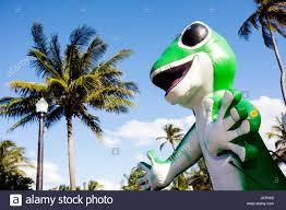 miami beach florida ocean drive art deco weekend geico gecko