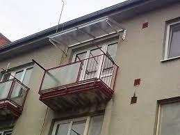 balkon vordach aluminium vordach für balkon kovovýroba prustoměrský