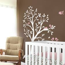 tree with birds and nest decal