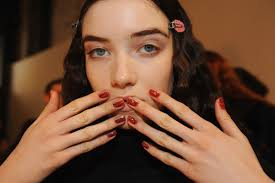 14 nail art and nail polish looks we loved from the new york