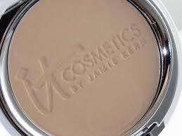 it cosmetics celebration foundation light it cosmetics celebration foundation illumination review swatches