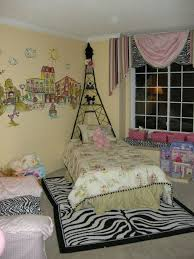 Paris Themed Living Room by 52 Best Emma U0027s Eiffel Tower Bedroom Images On Pinterest Paris