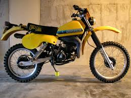 my suzuki pe 175 ohhhh look at that rear suspension dirt