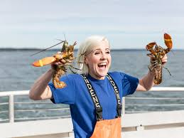 My Drunk Kitchen Hannah Hart Jumps From Youtube To Tv With I Hart Food Food U0026 Wine