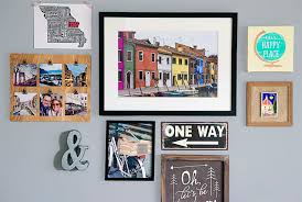 Travel themed wall decor home designing ideas