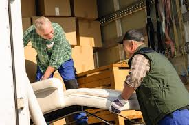 4 things to consider before hiring a moving company