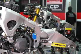 used cbr600rr building moto2 honda cbr race bike engines take a behind the