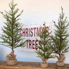 park hill vintage christmas tree sign fh6056