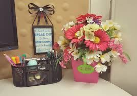 Decorating Cubicle Decorating Cubicle Ideas Image Of Beautiful Clipgoo