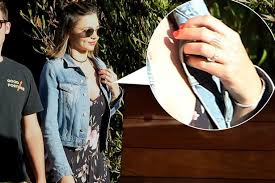 miranda kerr engagement ring is miranda kerr engaged seen with ring on that finger