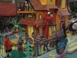 2008 macy s thanksgiving parade gets rickroll d